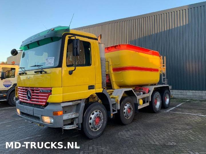 Mercedes-Benz Actros 3240 8x4 full steel - 2001