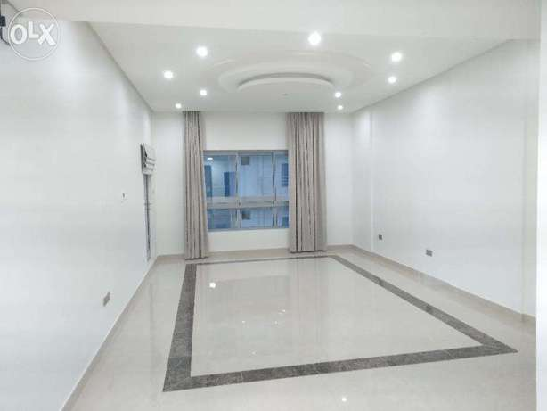 Sea view 2 Beds in Juffair Maids Sea view جفير -  5