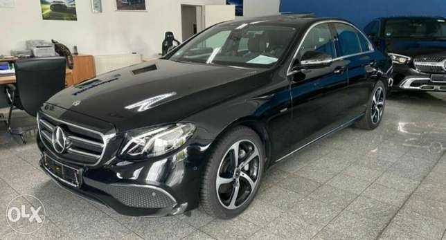 E200 or 180 .2014,15,16 .from its owner. Low kilometers. Upto650000