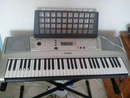 London Used Yamaha PSR E-313 Professional Keyboard Piano for sale