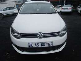 VW Polo 6 Sedan 1.6 Model 2013 5 Doors Colour Silver Factory A/C&MP3 P