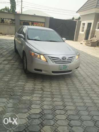 Toyota Camry silver color for sale Aja - image 6