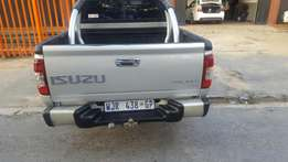 2005 IZUZU KB 350 lx.bakkie In Excellent Good Condition