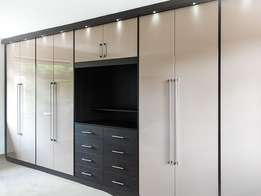 T L wall wadrobes and kitchens Mothiba
