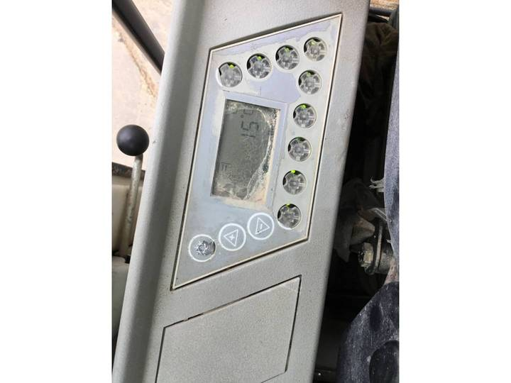 Liebherr R900C - 2004 - image 46