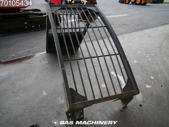 Hitachi EX165 German Dealer Machine - 2002 - image 17