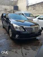 Toyota Crown just arrived Royal Saloon