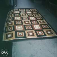 Cream mixed with brown colour center rug 4*6