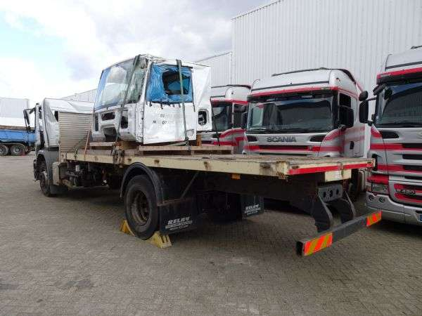 Mercedes-Benz Atego 1828 RHD 4x2 for spare parts - 2013 - image 3