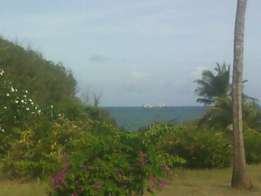 Mtwapa 2.5Acres Fronting 1st Beach 75M For Sale