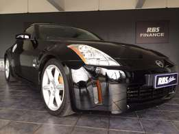 2004 NISSAN 350z coupe with 118000 kms on the clock for sale!!