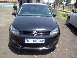 VW Polo 6 1.6 2010 Model,5 Doors factory A/C And C/D Player Central Lu