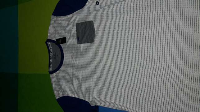 Hollister Tshirts. Authentic from U.S.A. SIZE XL. BRAND NEW. South B - image 3