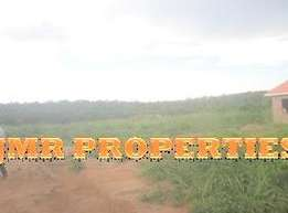 Plots for sale in Sonde-Bukerere with ready titles at 12m