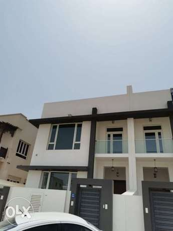 For rent New Villa in Alkhuwair