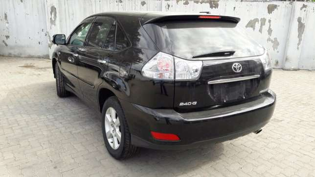 Toyota harrier mettalic black 2010 model Mombasa Island - image 3