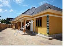 magnificient 2bedrooms and 2 toilets house in namugongo at 400k ugx