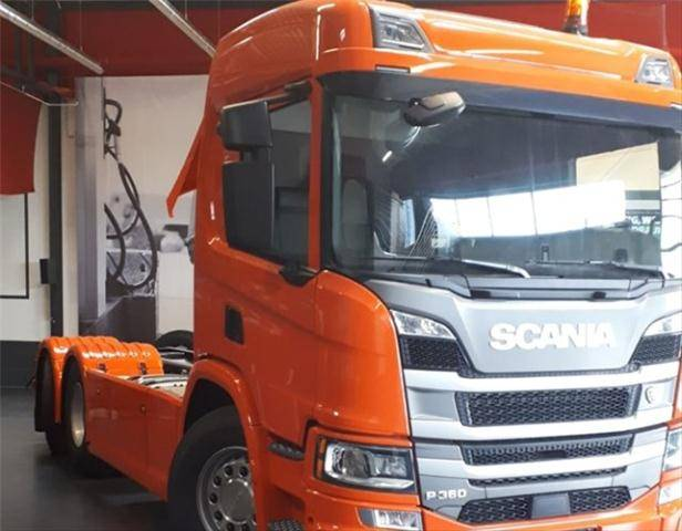 Scania P360 6x2/4 NA P360 6x2/4 NA Lenk /Liftachse, Leder