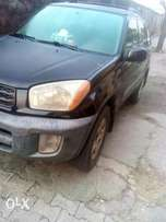 Clean Toyota Rav4 with first body