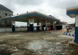 FOR LEASE Brand new filling Station with 8pumps at Eliozu PH.