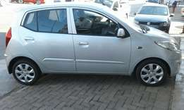 2011 Hyundai i10 in a good condition,