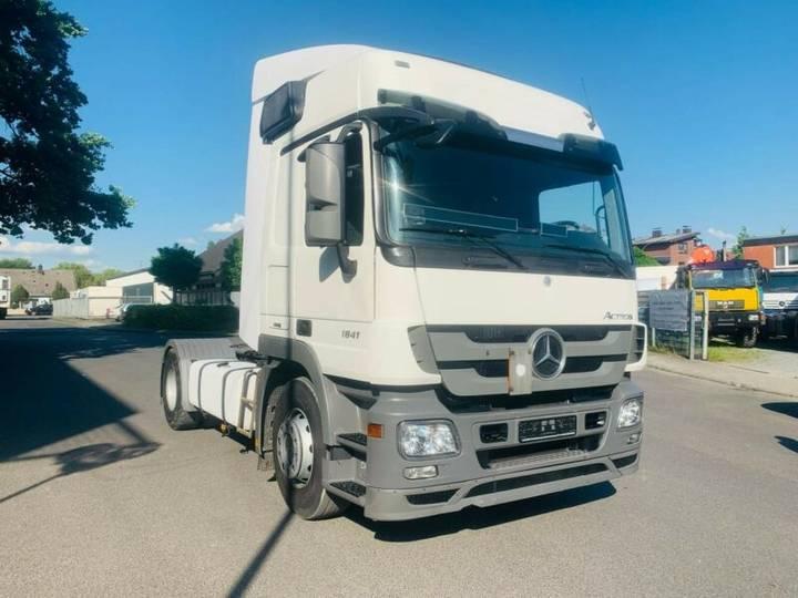 Mercedes-Benz Actros 2/3 2-Achser 6 Zyl. BM 930/2/4 1841 OM - 2010