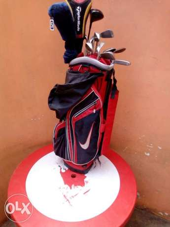 Selling Golf Kit including golf clubs, and golf pouch. Township - image 1