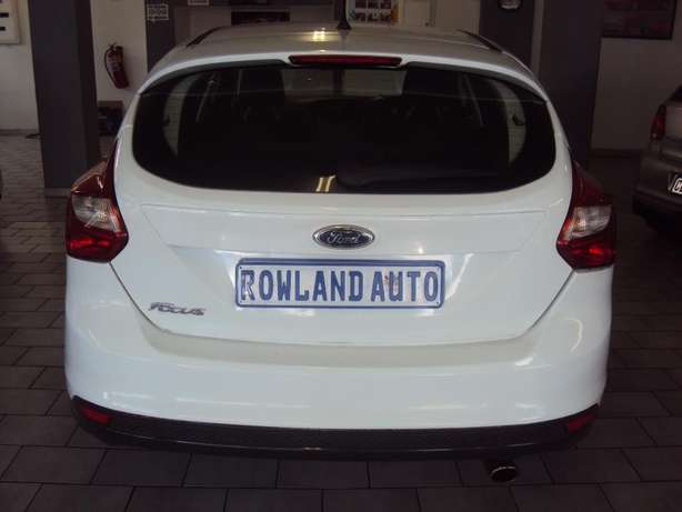 2012 Ford Focus for sell R125000 Bruma - image 4