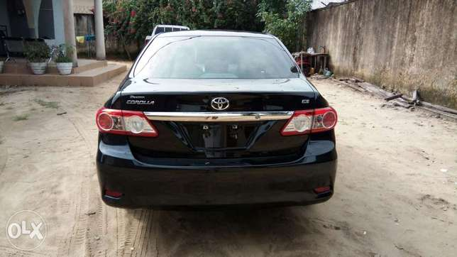 Buy and Drive Toyota Corolla LE 2012 Model With Auto Fabric Cold AC. Lekki - image 8