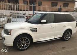 Clean Range Rover Sports 2012