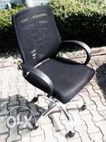 Q2 Exotic & Durable Office Mesh Chair(New)