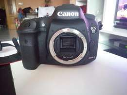 Canon 7D mark II flawless with only 2608 shots + complete photography