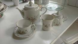 Continental fantasia tea set