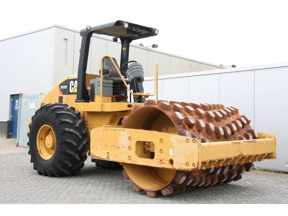 Caterpillar CP533E - 2010