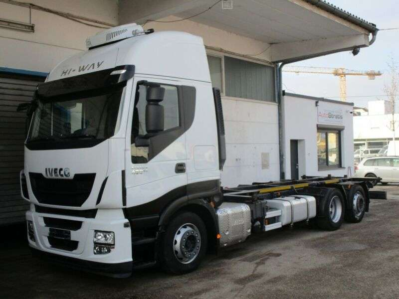 Iveco Stralis As260s46 Hi-way 715/745 Jumbointardeuro6 - 2016