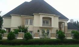 6 bedroom mansion with 2 bedroom guest chalet and BQ for sale maitama