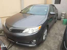2013 Toyota Camry (Accident Free)