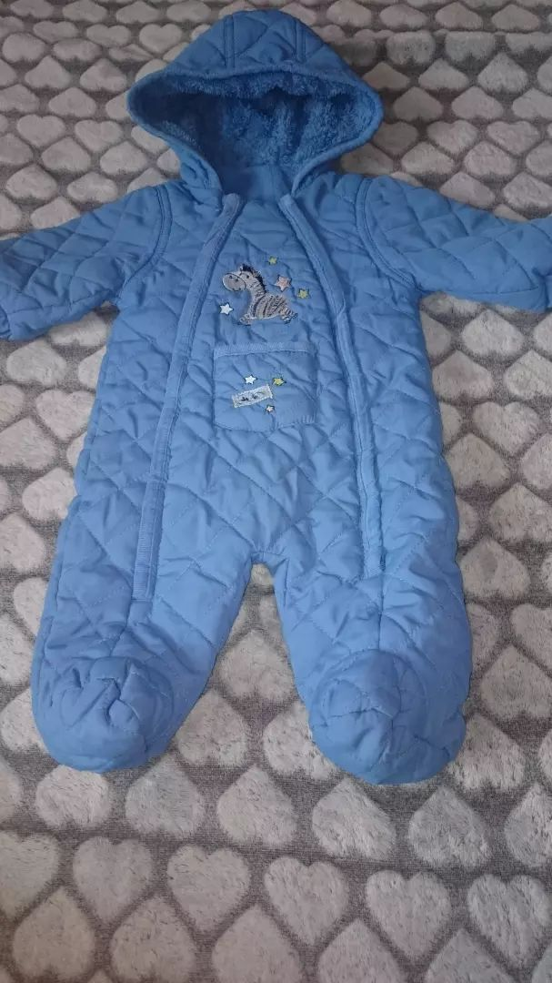 4807fc7e2a0 Prodám dětské oblečení cena za kus 25 Kč výborný stav - Dětské ...