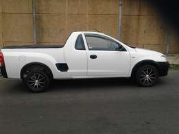 2009 Opel corsa utility 1.8. , 97000 km for R89000