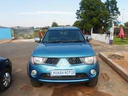 Mitsubishi triton double cab excellent condition urgent sale