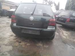 neatly imported 2004 golf4,factory leathr,v4,auto drive,accident free