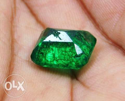 Rare Natural 7.60 Ct. Untreated Colombian Emerald for sale