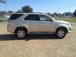 2013 Toyota Fortuner 3.0d-4d For Sale R300000 Is Available