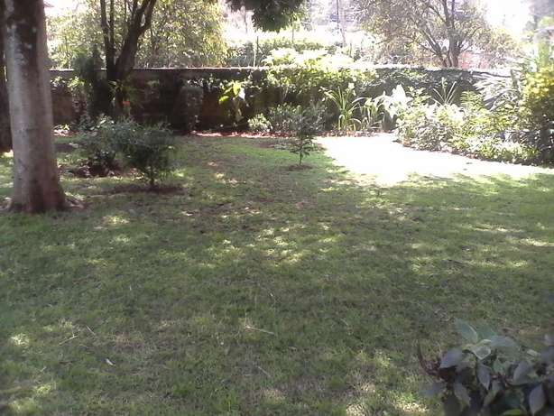 An outstanding 5 bedroom house for rent in Runda Hurlingham - image 5