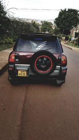 its a car for sale Kampala - image 1