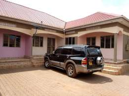 A double house for rent in najjera