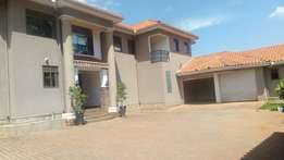 Naguru palatial house with swimming pool for 1.39m$