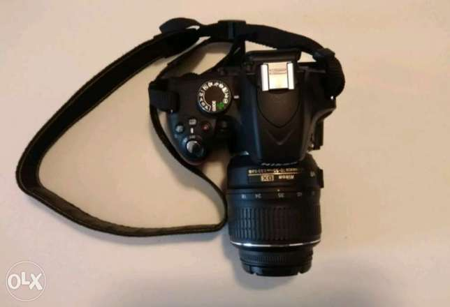 Nikon D3200 with all accessories Kampala - image 2