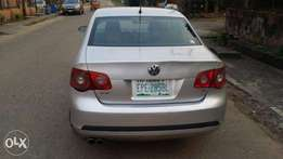 Used Volkswagen Jetta 2.3 2006 Gray For Sale Active