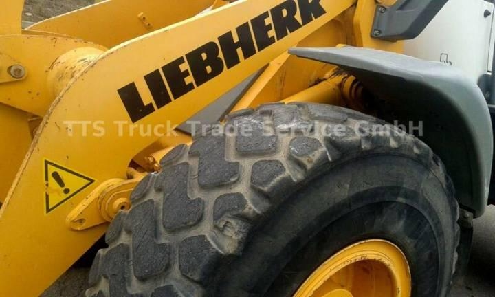 Liebherr L 538 2plus1 -auch mit Schnellwechsler,Waage usw - 2008 - image 11